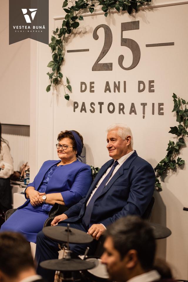 Slujba de celebrare a slujirii pastorale de 25 de ani a fratelui pastor Ambrozie Pop.